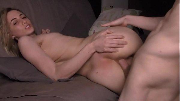 Nude White Teen Slut Having Anal Sex